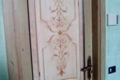 Porte laccate antchizzate con decorazione (1)